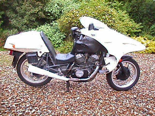 VT 500 café-racer ... Scrambler (des idées de transformation) VT500-9-U